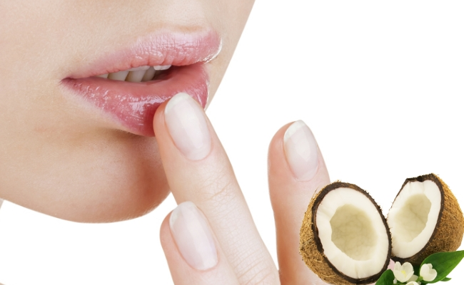 Coconut-oil-for-lips