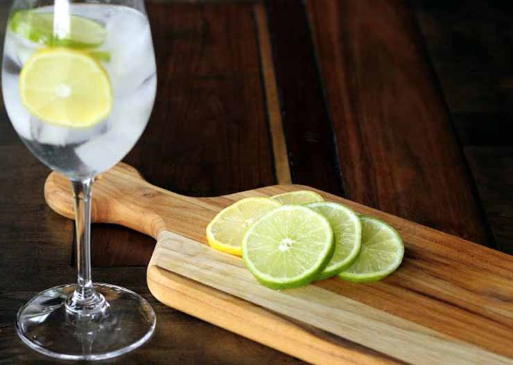 7. Help You Body Absorb Iron - Lemon Water